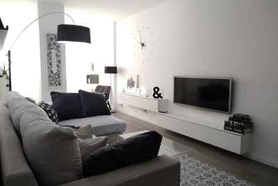 Spacious renovated apartment in a prestigious neighborhood